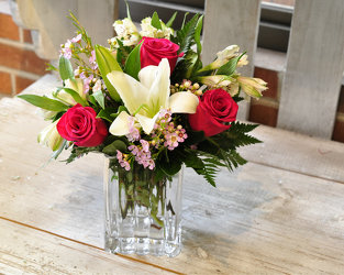 Arrive With Style Upper Darby Polites Florist, Springfield Polites Florist