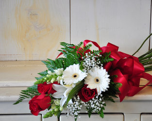 Mixed Flower Presentation with Roses Upper Darby Polites Florist, Springfield Polites Florist