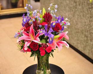 Stunningly Beautiful Bouquet Upper Darby Polites Florist, Springfield Polites Florist