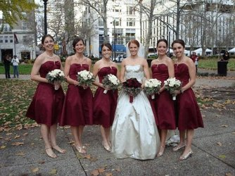 Toscani Wedding Bride with Bridesmaids Upper Darby Polites Florist, Springfield Polites Florist
